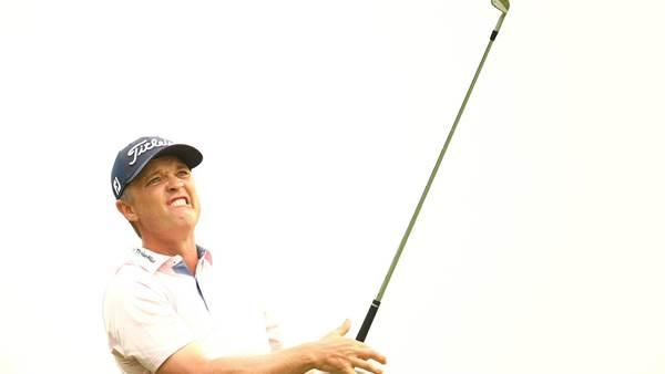 Jones nurses dicky back and 54-hole Open lead