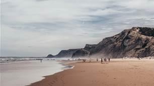 Broken boards and tepid hostel romance in Sagres, Portugal