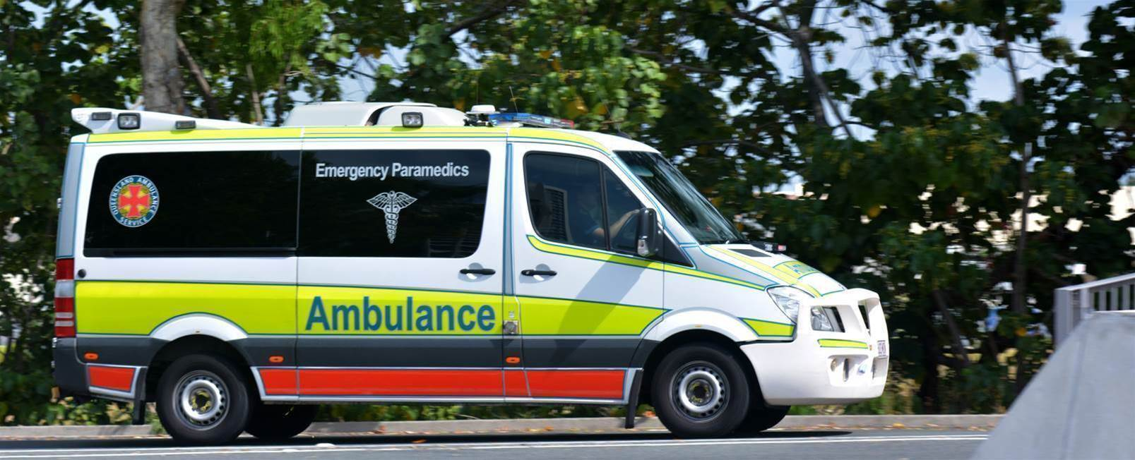 Qld looks to ditch SMS for ambo dispatch