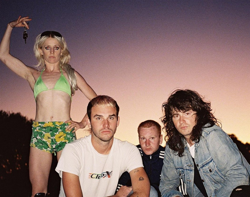 tunesday – amyl and the sniffers