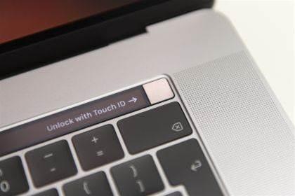 Apple fixes the 2018 MacBook Pro's throttling problem