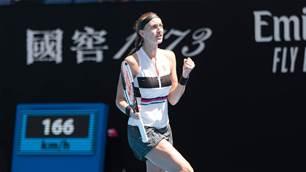 Kvitová continues Australian Open roll