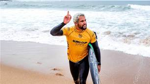 Menagerie de Surf: Italo's Inner Rhino and other Beasts