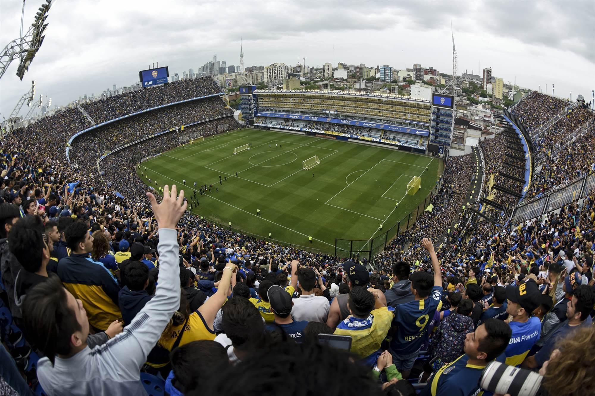 Watch! Boca fans fill stadium for training session