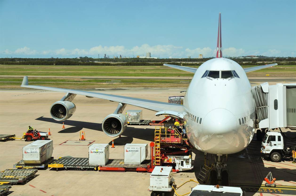 Airservices moves to link up airport data flows