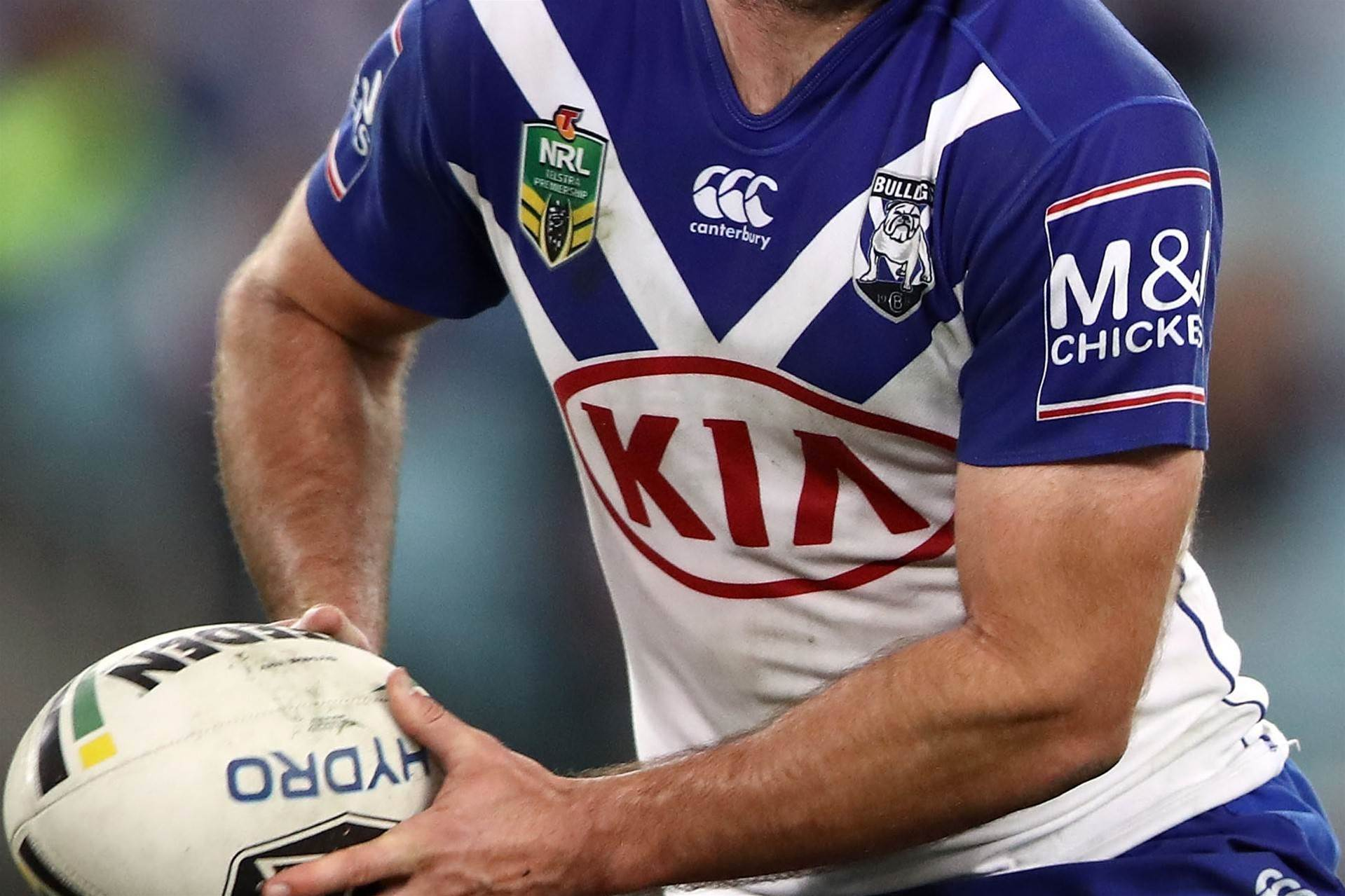 Titans sign Bulldogs centre