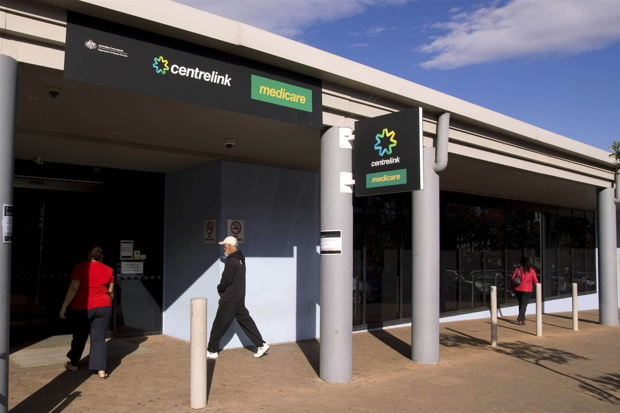 Centrelink's online services fall over again