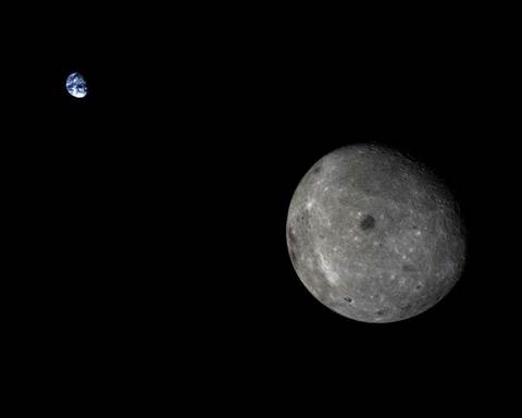 The moon is getting its own mobile phone network