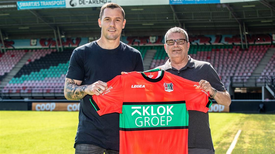 Socceroo signs for Eredivisie club: 'Difficult to explain that feeling'