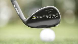 Cobra add MIM Black wedges to line up