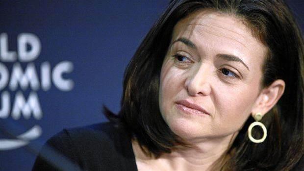 Cambridge Analytica: Sheryl Sandberg admits 'mistakes'