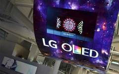 Dicker Data adds LG commercial displays