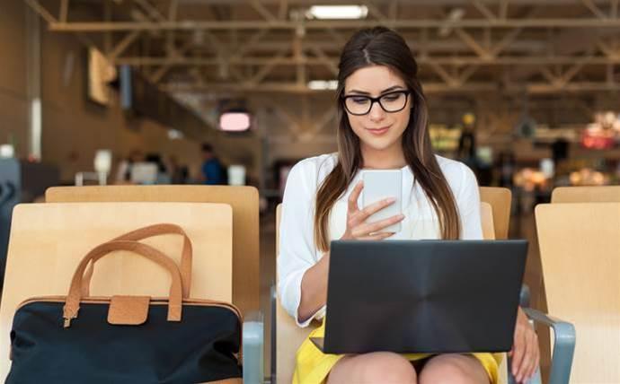 Telstra expands coverage, data allowance for international roaming