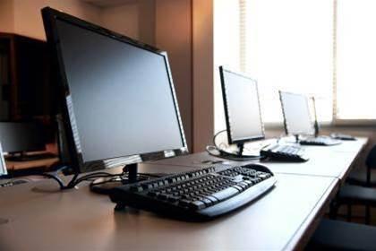 Global PC shipments fall for 14 consecutive quarters