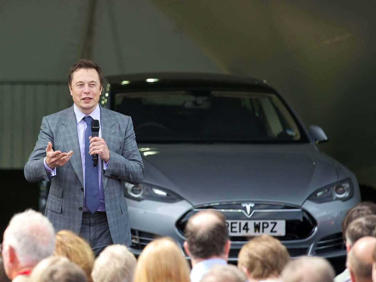 Elon Musk charged with fraud over 'misleading' Tweets