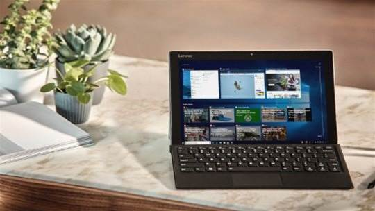 Code in the latest Windows 10 update fuels rumours of a Surface Phone