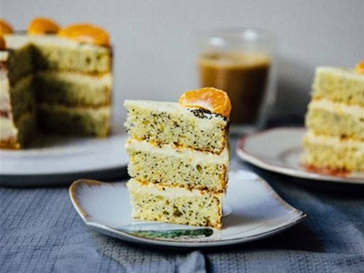 mandarin and poppy seed cake