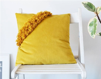 frankie exclusive diy: fringed cushion cover