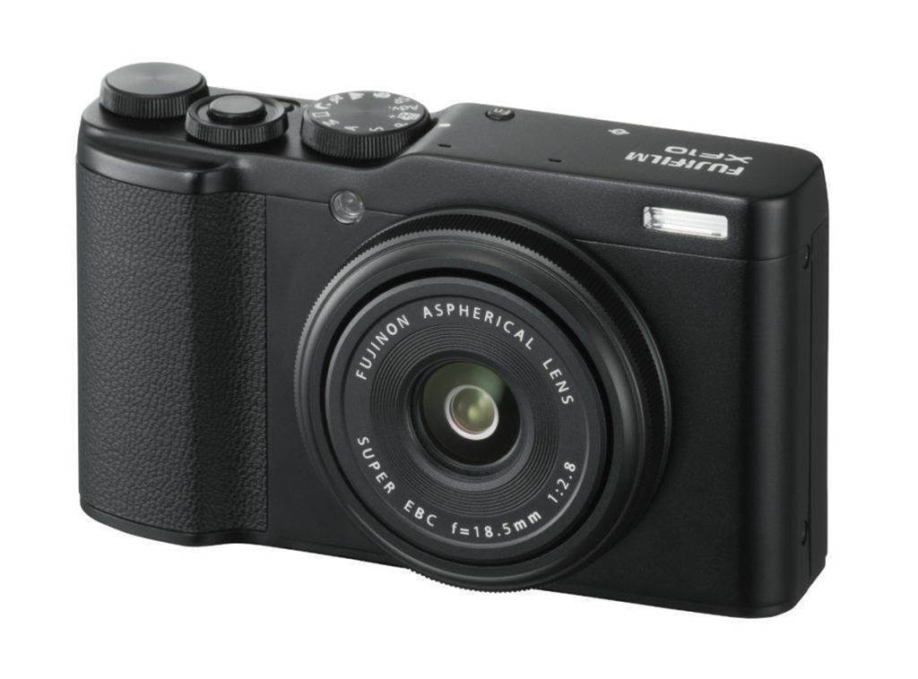 The Fujifilm XF10 compact camera has the pocketability factor