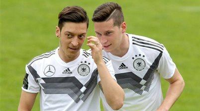 Draxler salutes 'extraordinary' Ozil