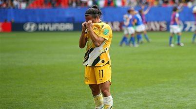 Matildas icon De Vanna set to retire after Victory confirm her exit