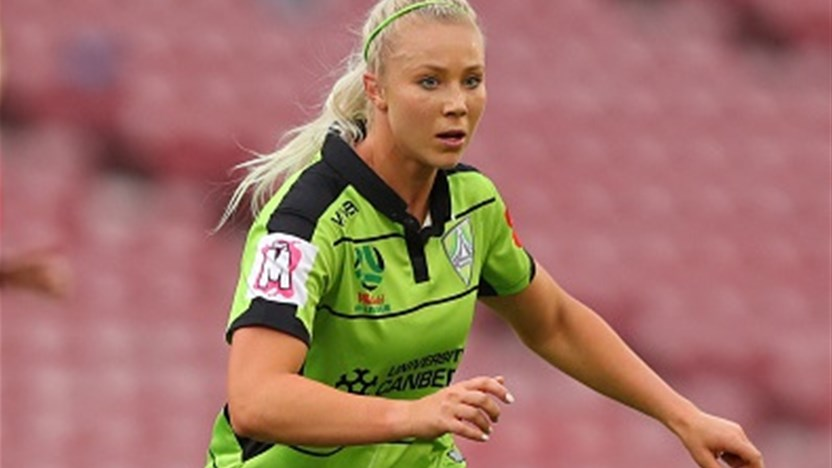 Lauren Keir continues with Canberra