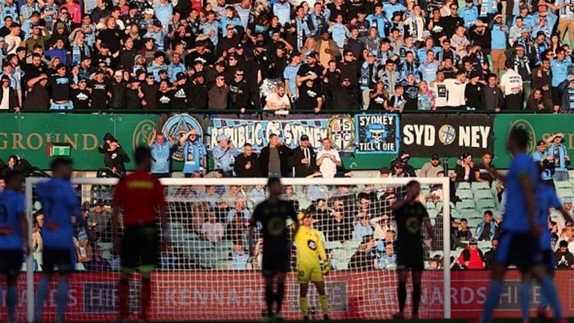 Will A-League, W-League players need to get the jab?