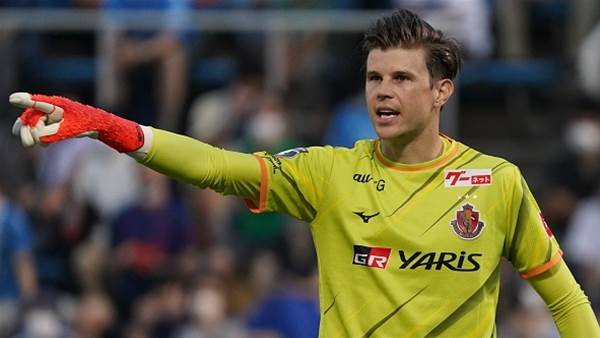 After another award, is ex Socceroo Langerak the best goalkeeper in Asia?