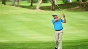 Aussie David Gleeson shares round one lead in Malaysia