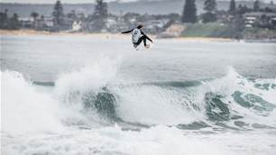 Narrabeen Fliers, John John's form slump and Owen Wright's Slater-Inspired Dream Board