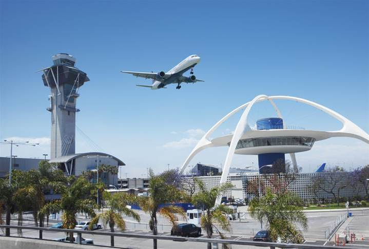FAA says glitch fixed, US airlines back up