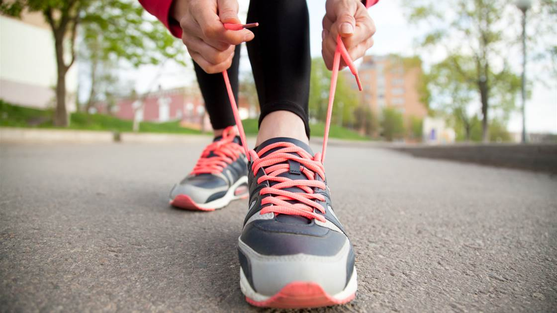 10 causes of pain when walking and what to do about it