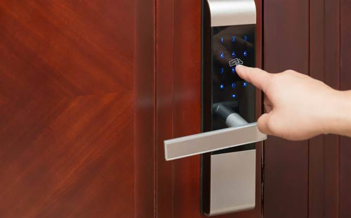 Vulnerabilities in keyless door locks let attackers in