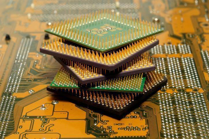 Intel, AMD and ARM processors at risk from security flaw