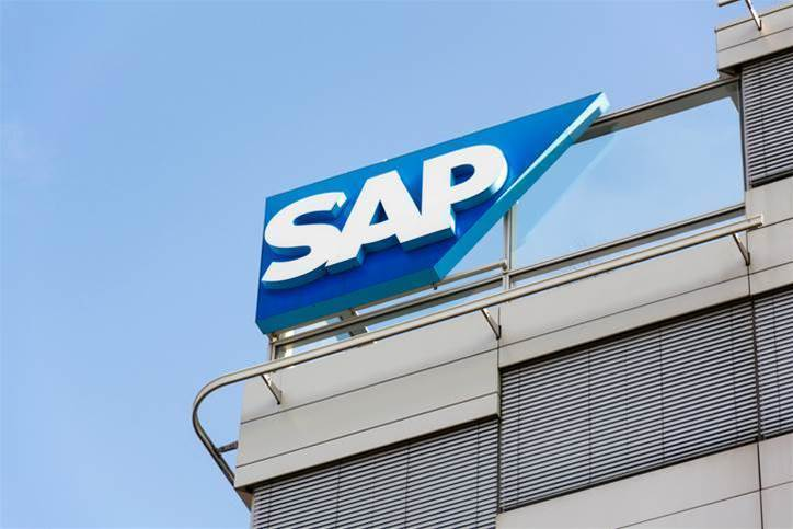 Apple teams up with SAP to help clients develop iPhone business apps