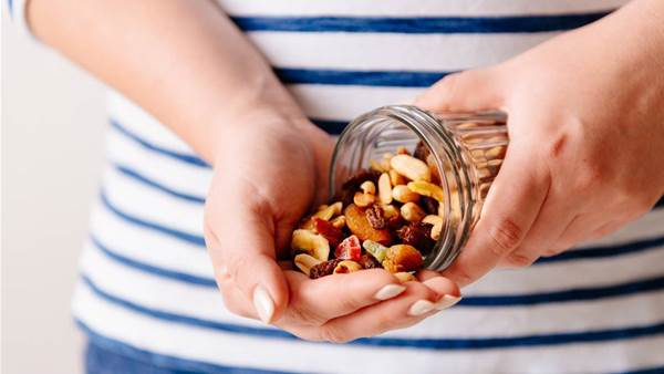 Smart Snacking For Weight Loss According To A Dietitian