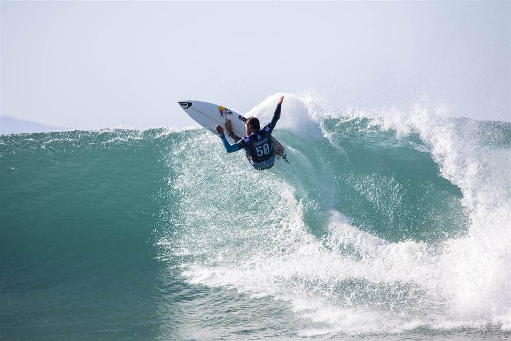 Perfect Surf and Huge Upsets at the Corona Open JBay Day Three