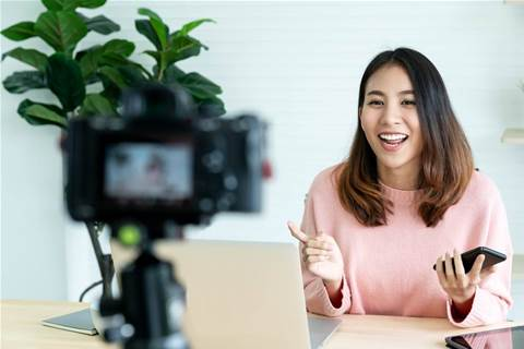 Paid social media influencers dip toes in US 2020 election