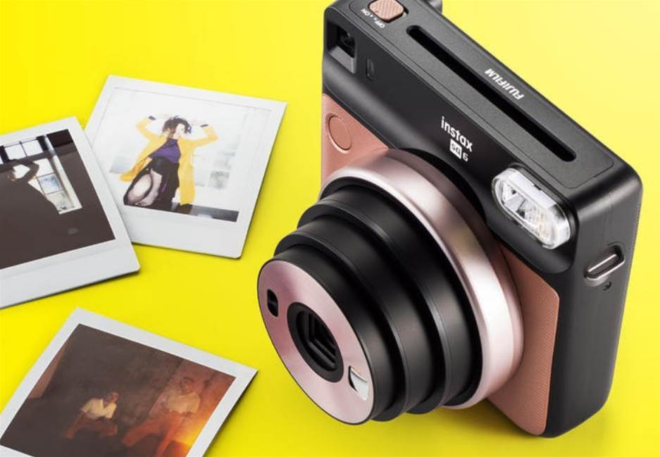 The Fujifilm Instax Square SQ6 is an analogue square format camera for the Instagram generation