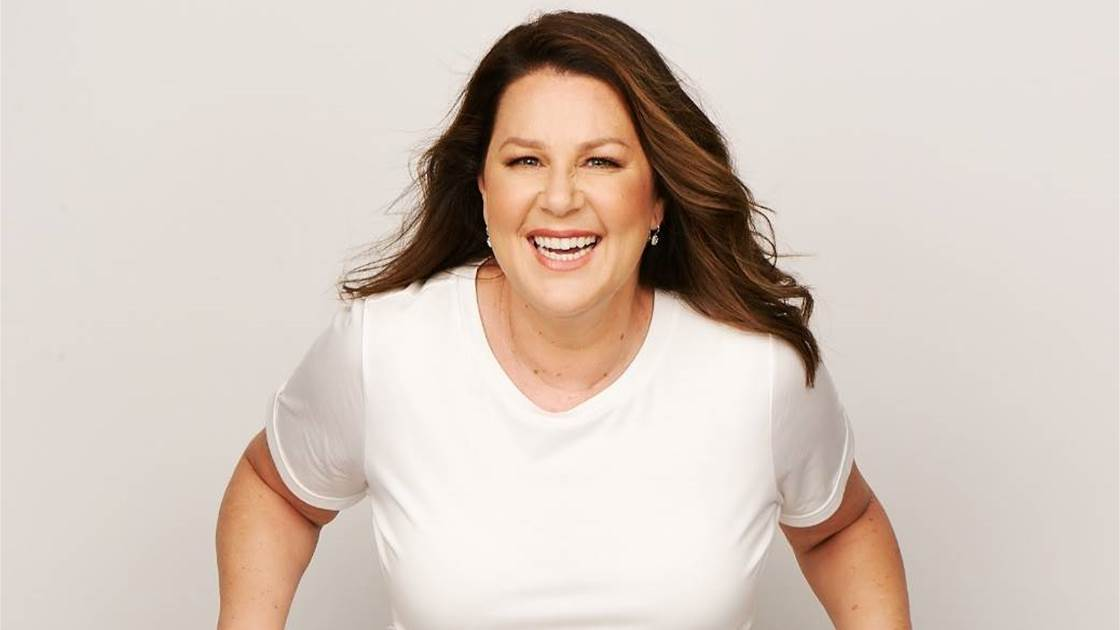 How Julia Morris found contentment & happiness