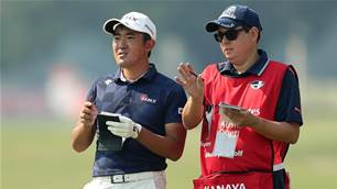 More than numbers for Kanaya's accountant caddie