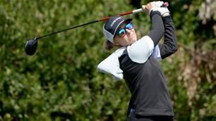 Aussie Kemp takes LPGA Tour lead