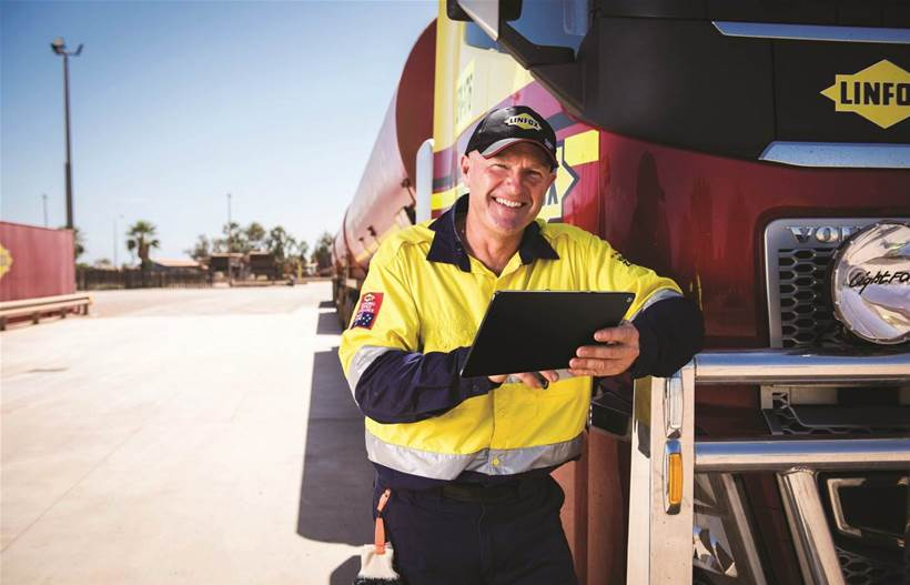How Telstra will help Linfox monitor its fleet