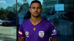 World Cup Roo signs for Glory