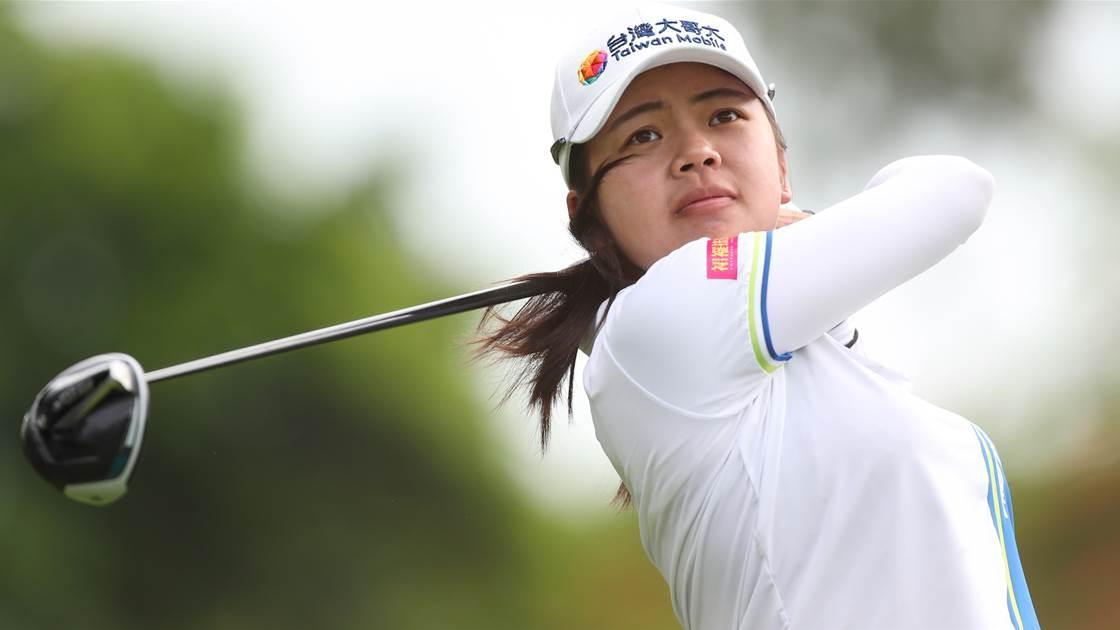 Wei-Ling Hsu leads Pure Silk Championship