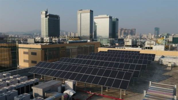 Samsung plans to hit 100% renewable by 2020