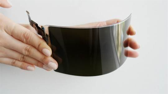 "Samsung has just developed an ""unbreakable"" OLED screen"