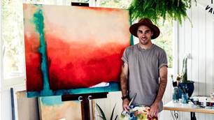 Vans asked this Australian artist to capture the essence of Sunset.