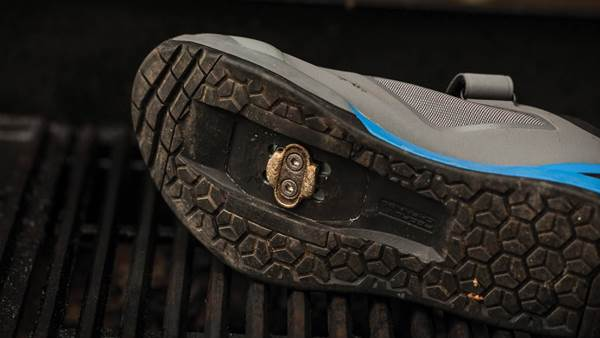TESTED: Shimano AM7 gravity shoes