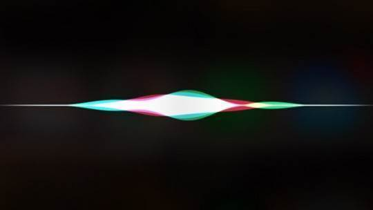 Apple snaps up Google's former AI boss to improve Siri